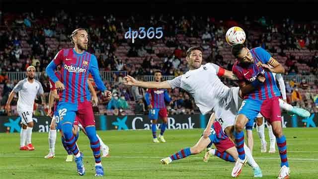 Hasil Pertandingan Barcelona vs Granada (Skor: 1-1)
